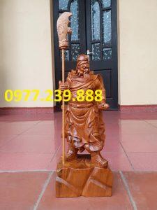 Tượng Quan Vân Trường gỗ bách xanh 40cm