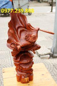 bán tượng đạt ma bay bằng gỗ hương đỏ