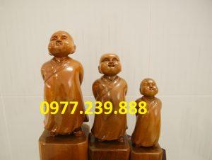 bán tượng tùy duyên bằng gỗ