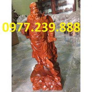 tượng quan công bằng gỗ hương đỏ