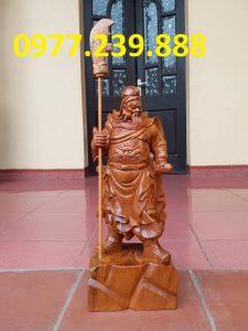 tượng quan công chống đao gỗ bách xanh cao 20cm