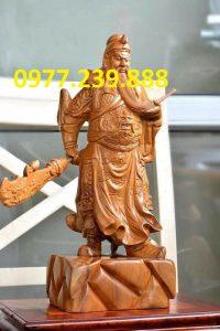 tượng quan vũ gỗ bách xanh