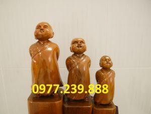 tượng tùy duyên bằng gỗ