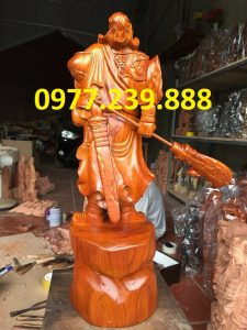 tuong phong thuy quan cong bang go huong 30cm