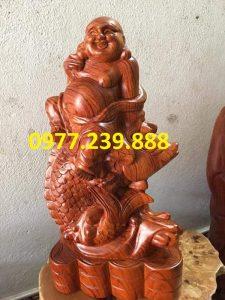 Tượng Gỗ Phật Di Lặc Cưỡi Cá Chép bằng gỗ Hương lào