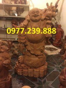 bán phật di lặc gánh cành đào gỗ hương