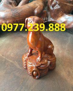 bán tượng chó bằng gỗ hương đá