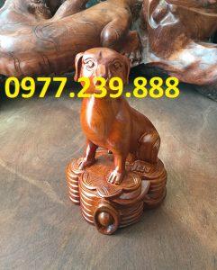 bán tượng chó bằng gỗ hương lào