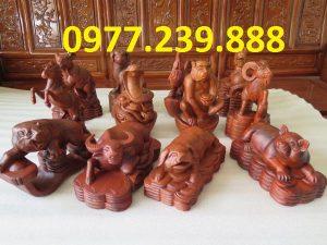 bán tượng con giáp bằng gỗ hương đá