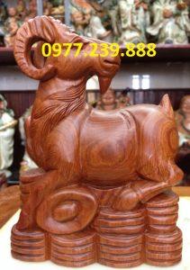 bán tượng dê bằng gỗ