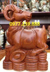 bán tượng dê bằng gỗ hương 20cm
