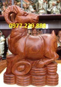 bán tượng dê bằng gỗ hương
