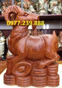 bán tượng dê bằng gỗ hương dài 20cm