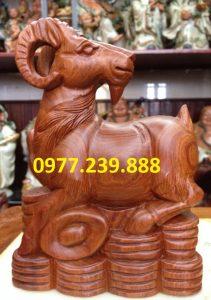 bán tượng dê bằng gỗ hương giá rẻ