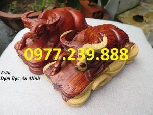 bán tượng trâu gỗ hương dài 20cm