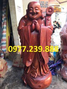 ban tuong chuc phuc bang go huong