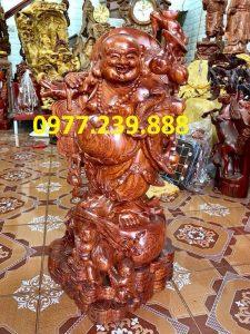 ban tuong di lac ganh canh dao go huong