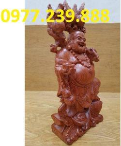 ban tuong di lac ganh dao go huong 40cm