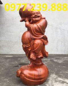 ban tuong di lac go huong