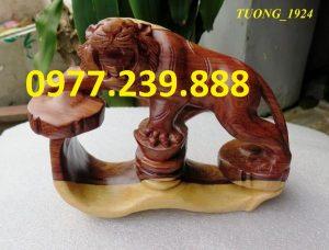 ban tuong ho bang go trac day