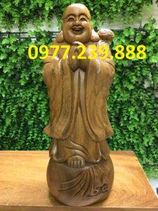 chúc phúc bằng gỗ bách xanh 30cm
