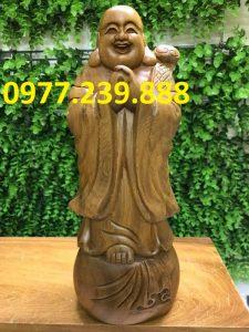 chúc phúc bằng gỗ bách xanh 50cm