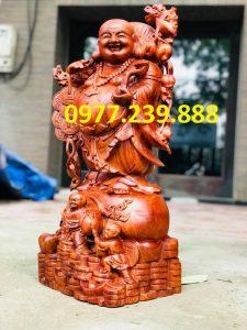 di lặc gánh tiền bằng gỗ hương