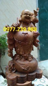 di lac ganh canh dao bang go huong 40cm