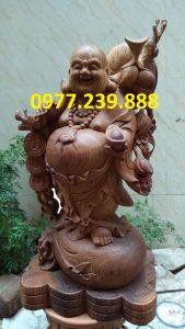 di lac ganh canh dao bang go huong 50cm