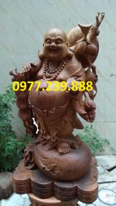 di lac ganh canh dao bang go huong 70cm