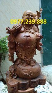 di lac vac canh dao bang go huong 60cm