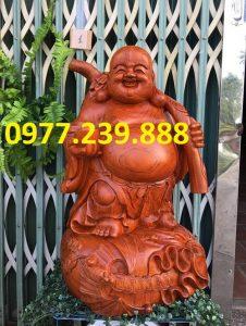 phat di lac vac canh dao bang go huong 60cm