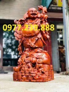 phat di lac vac canh dao bang go huong lao