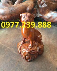 tượng chó bằng gỗ