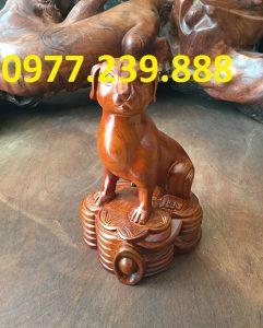 tượng chó bằng gỗ hương