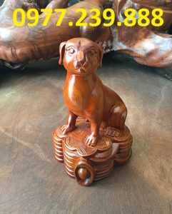 tượng chó gỗ hương đỏ