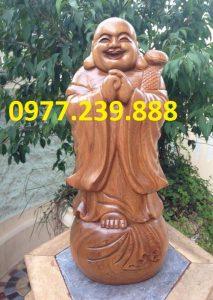 tượng chúc phúc bằng gỗ bách xanh 30cm