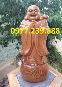 tượng chúc phúc bằng gỗ bách xanh 40cm