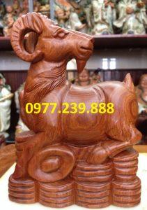 tượng dê bằng gỗ hương 20cm