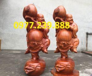 tượng di lạc vác đào bằng gỗ hương