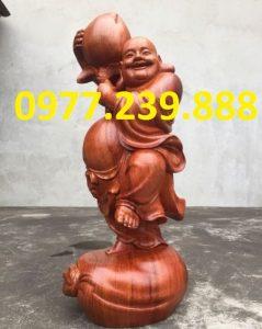 tượng di lạc vác đào gỗ hương 60cm