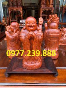 tượng di lặc chúc phúc bằng gỗ hương đỏ