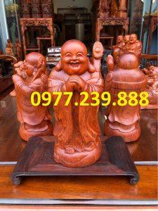 tượng di lặc chúc phúc bằng gỗ hương