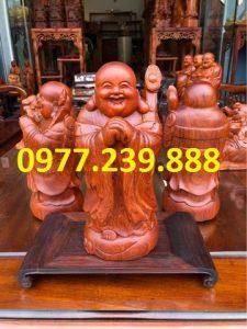 tượng di lặc chúc phúc bằng gỗ hương 50cm