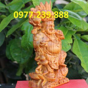 tượng di lặc gánh đào gỗ huyết long 50cm