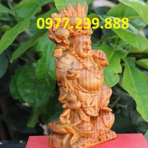 tượng di lặc gánh đào gỗ huyết long 60cm