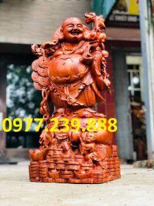 tượng di lặc gánh cành đào bằng hương 30cm
