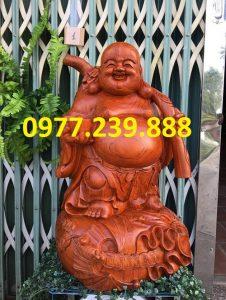 tượng di lặc gánh cành đào hương cao 40cm