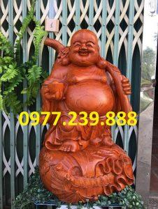 tượng di lặc gánh cành đào hương cao 60cm