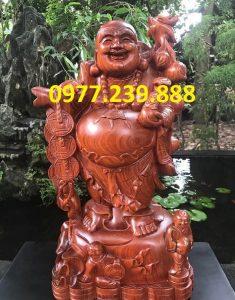 tượng di lặc gánh tiền gỗ hương 30cm